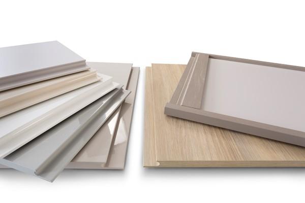Integrated handles doors, J-pull